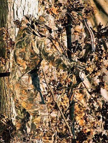 546861fd11a66 Bow Hunter In Mossy Oak Camoflage Gear   Hunting   Archery hunting ...