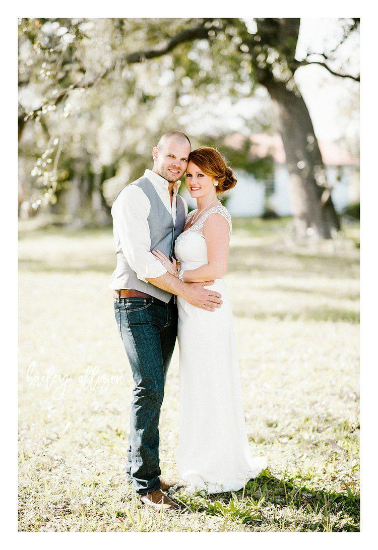 FIRST LOOK // Bailey Allison Photography // Real Wedding // Bride and Groom // Sander's Beach // Florida