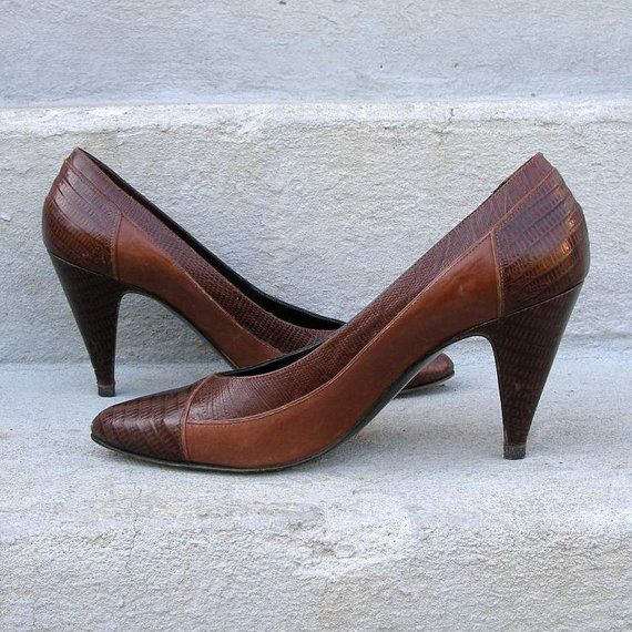cad96bf267bc Sesto Meuchi High Heels Two Tone Brown Vintage 1980s Pumps Shoes   U.S. 5.5  to 6 N