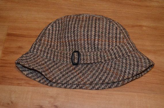f704ff10d1a Vintage Barbour Tweed English Wool Hat Country Cap Tan Houndstooth  Accessories Made in England
