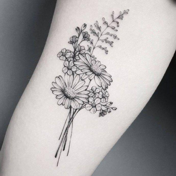 Photo of 50 ideas de tatuajes florales pequeños y delicados