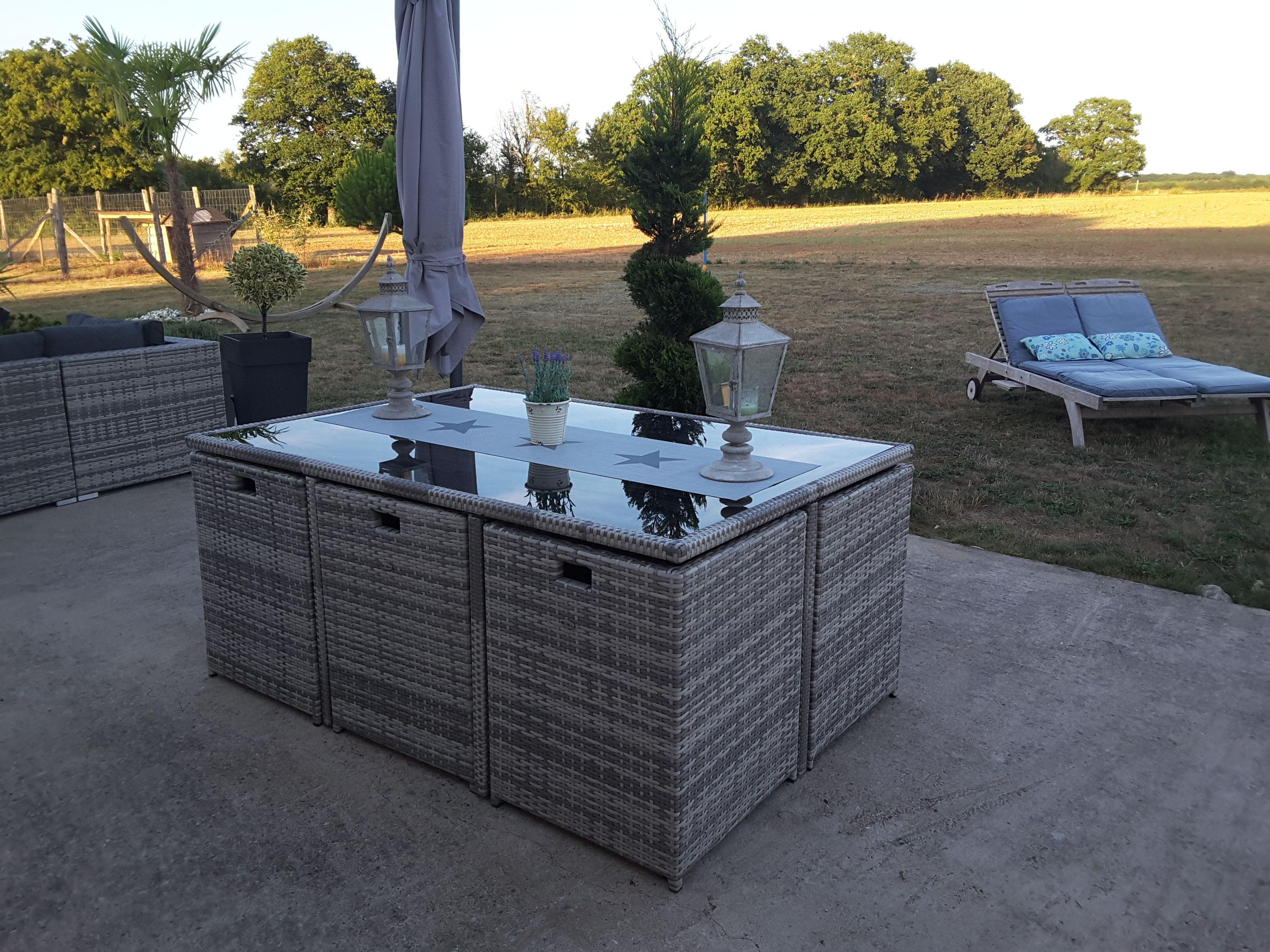 Table De Jardin 6 Fauteuils En Resine Vasto 10 Salon De Jardin