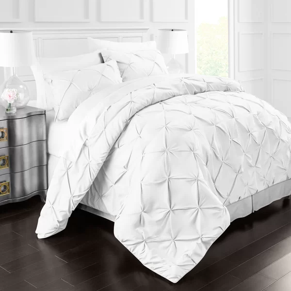Pin By Krystal Collier On Mashie Circle In 2020 Duvet Cover Sets Duvet Covers Pintuck Duvet Cover