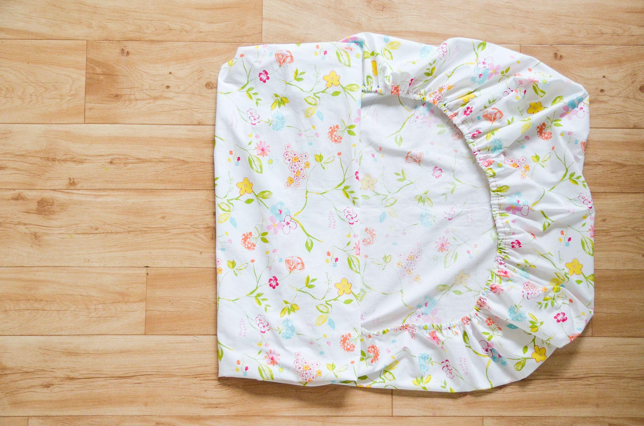 DIY How to Make a Crib Sheet Baby nursery diy, Crib