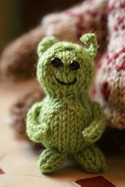 Knitted Alien Life On Mars Free Download Pattern Click Life On