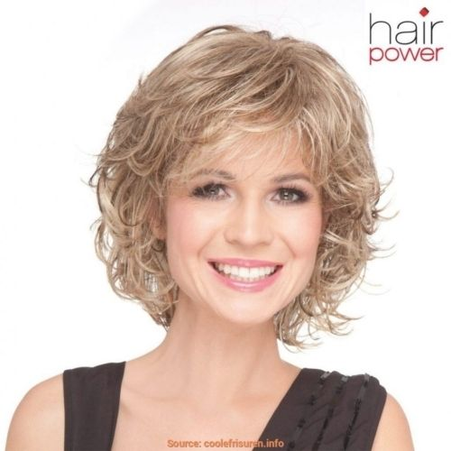 Frisuren Stufig Mittellang Wellig Frisuren Haar 2018 Hair Style