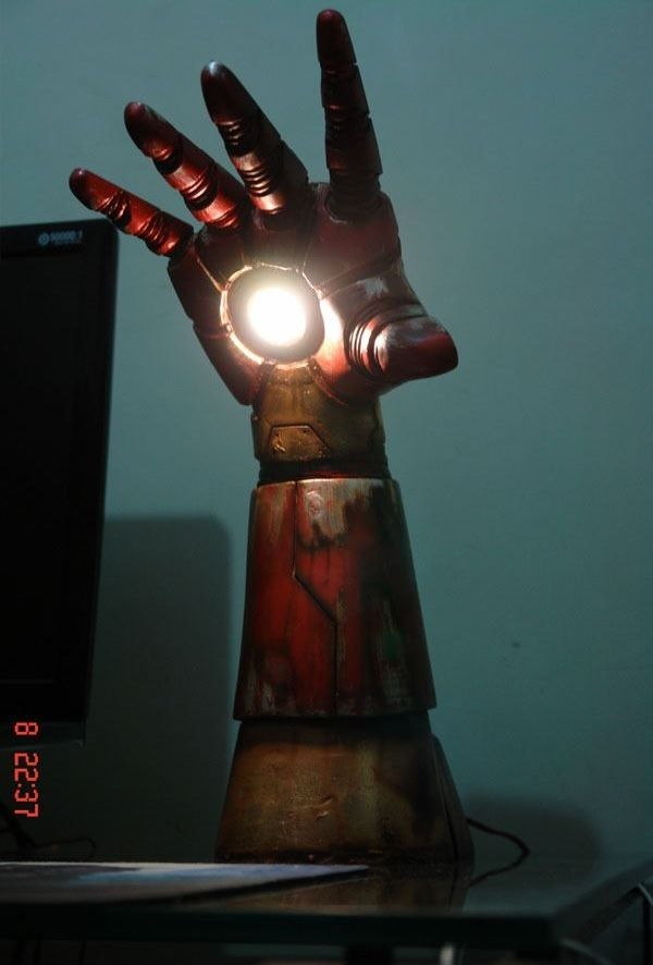 Homemade Iron Man Desk Lamp