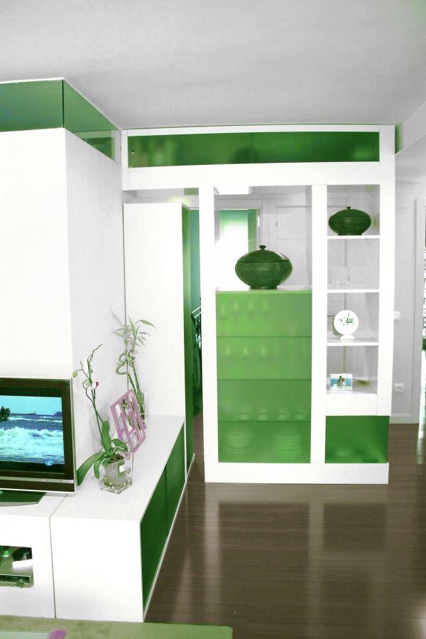 Decoracion mediterraneo sala de estar muebles de tv - Estanteria para plantas ...