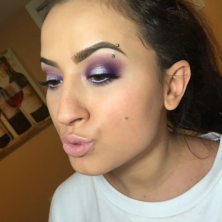 Subscribe to my Youtube channel for more tutorials! Search Brittney Vernacchio! #makeup #makeupideas #makeuplooks #purplesmokeyeye