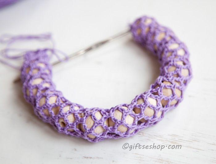 Crochet Nursing Teething Necklace DIY tutorial   Crochet bracket and ...