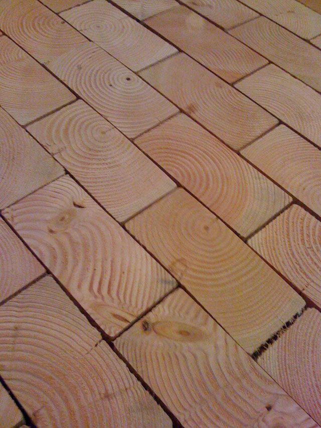 End grain floors take lumber and slice it like you would bread cobblewood endgrain floor installation solutioingenieria Choice Image