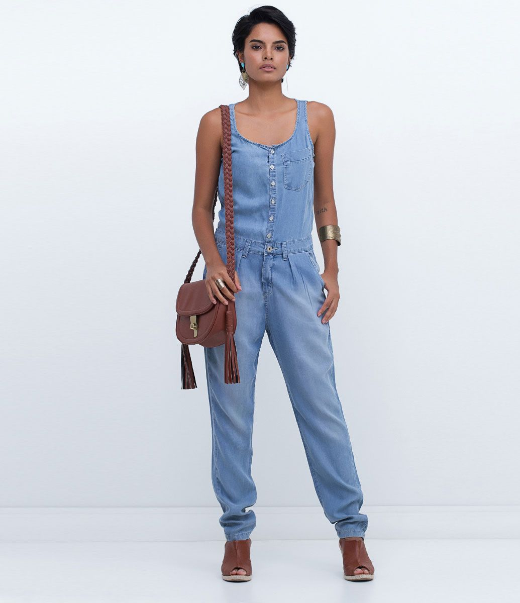 616b4decdd Macacão feminino Modelo longo Em jeans Com bolsos Marca  Marfinno Tecido   liocel Composição