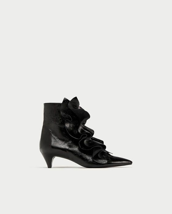 Absatzstiefelette Aus Leder Mit Volants Alles Anzeigen Schuhe Damen Zara Deutschland Boots Leather Ankle Boots Heels