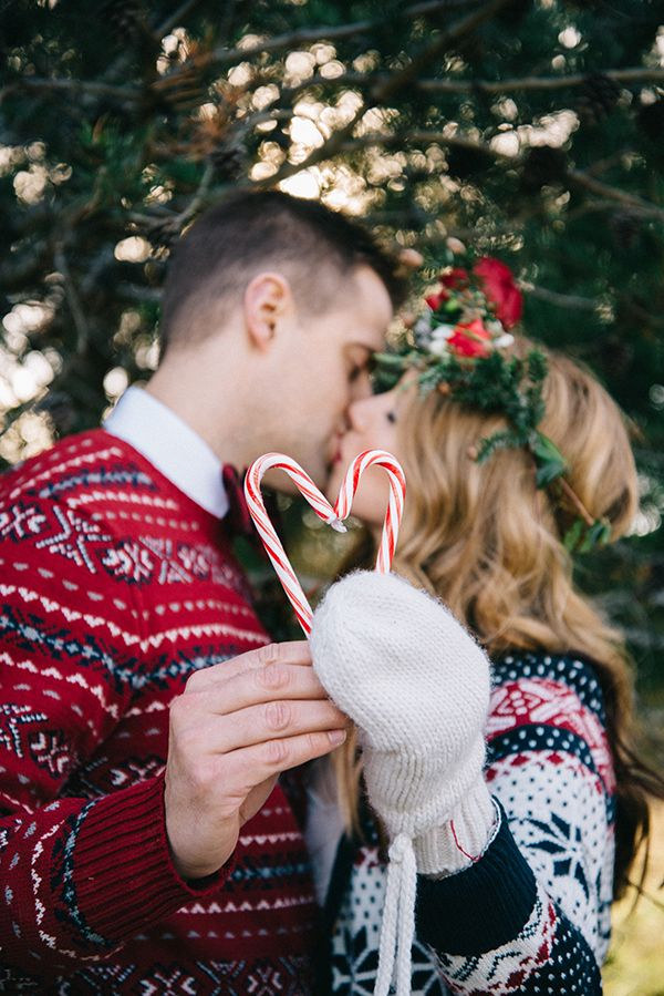 Festive Holiday Wedding in the Winter Woods