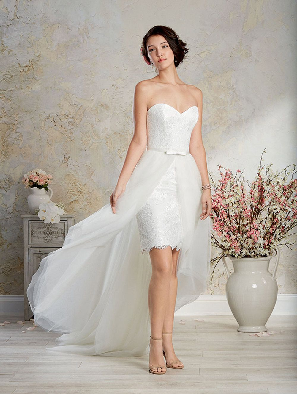 Alfred angelo wedding dress vestido de novia wedding dress a romantic wedding gown with strapless sweetheart neckline sheath frame cocktail skirt and sheer hi low overskirt shop the alfred angelo ombrellifo Gallery