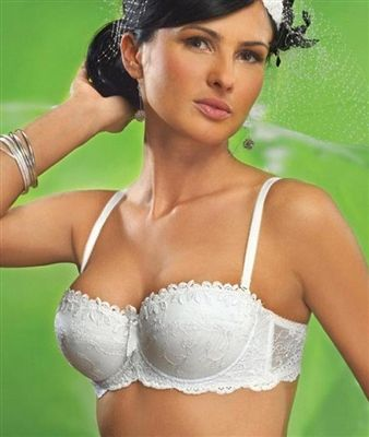 f156420592 Magnolia Balconette Push-up Bra by Gorsenia