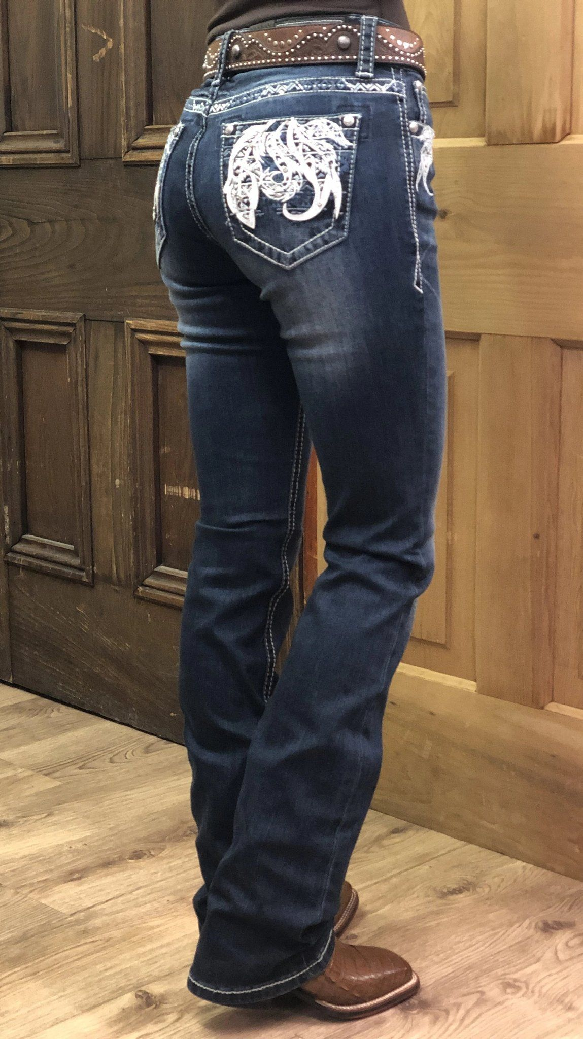 Rodeo outfits, Cowgirl jeans