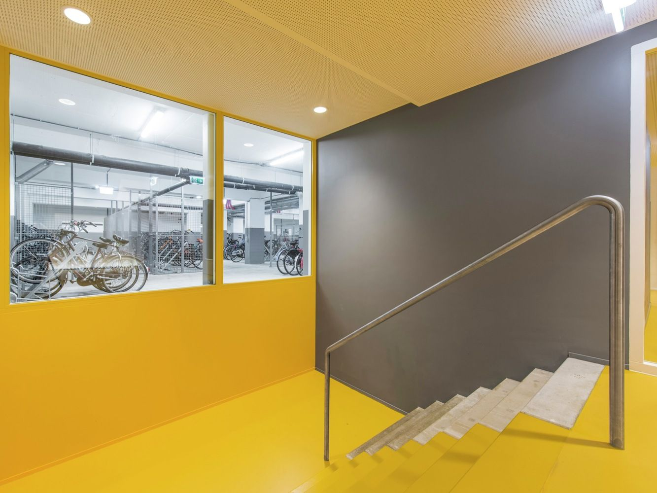 Galeria de Complexo de Moradias Estudantis no Elsevier Office Building / Knevel Architecten - 11