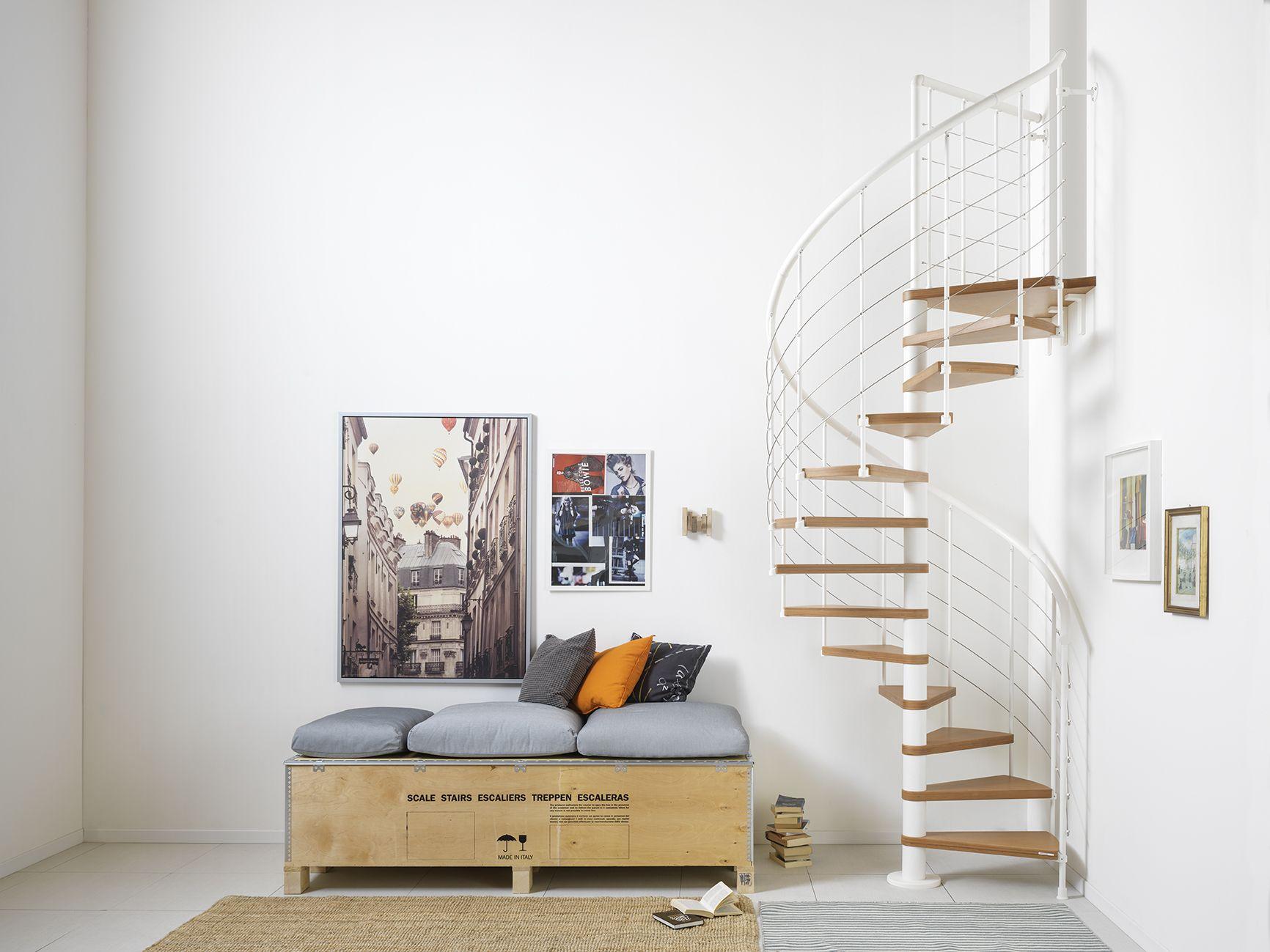 Modèle escalier intérieur #escalier #colimaçon pour salon | Design ...