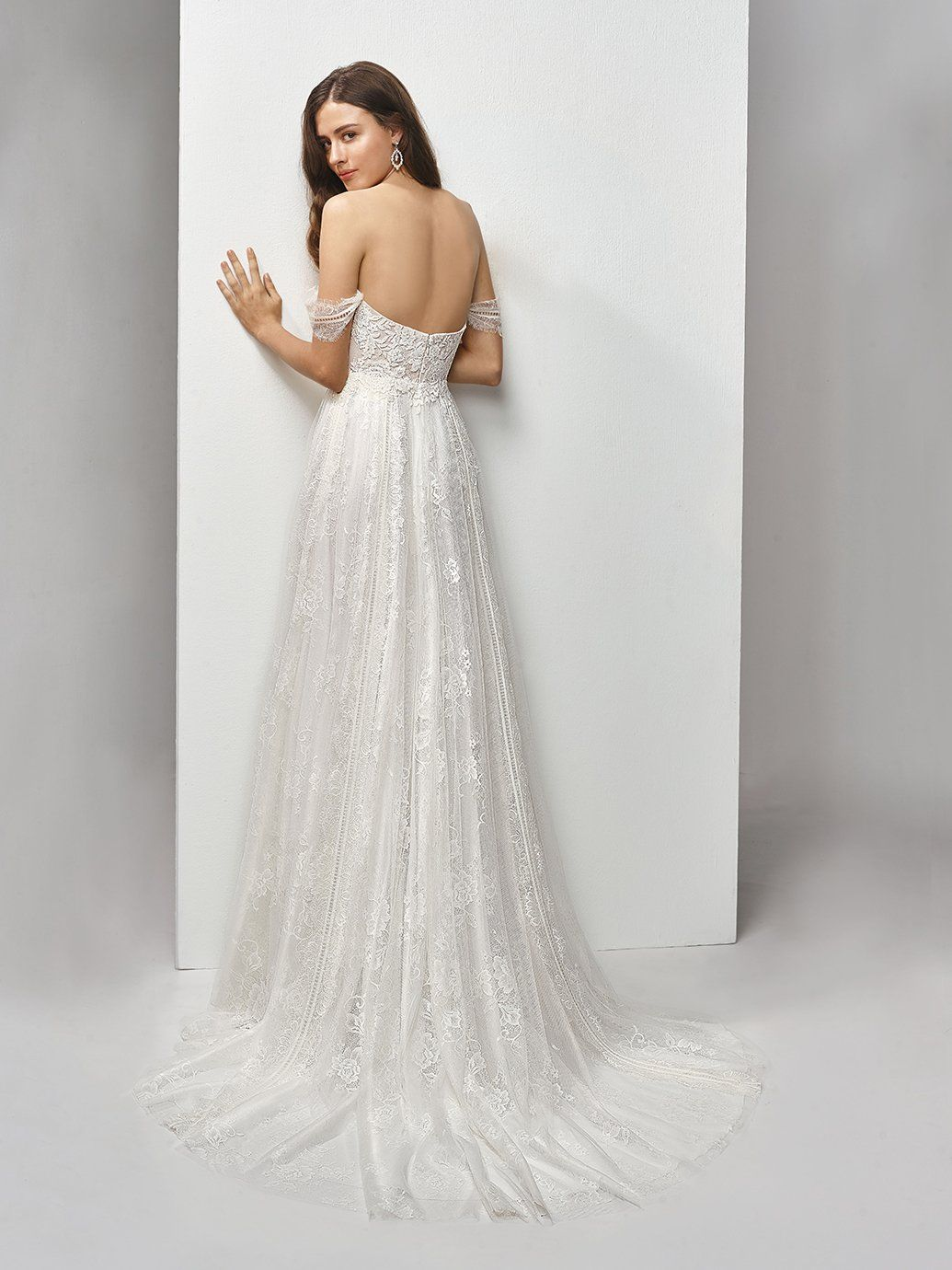 a15e55ff2da5 DANIFA 2019 brudekjole - Panayotis