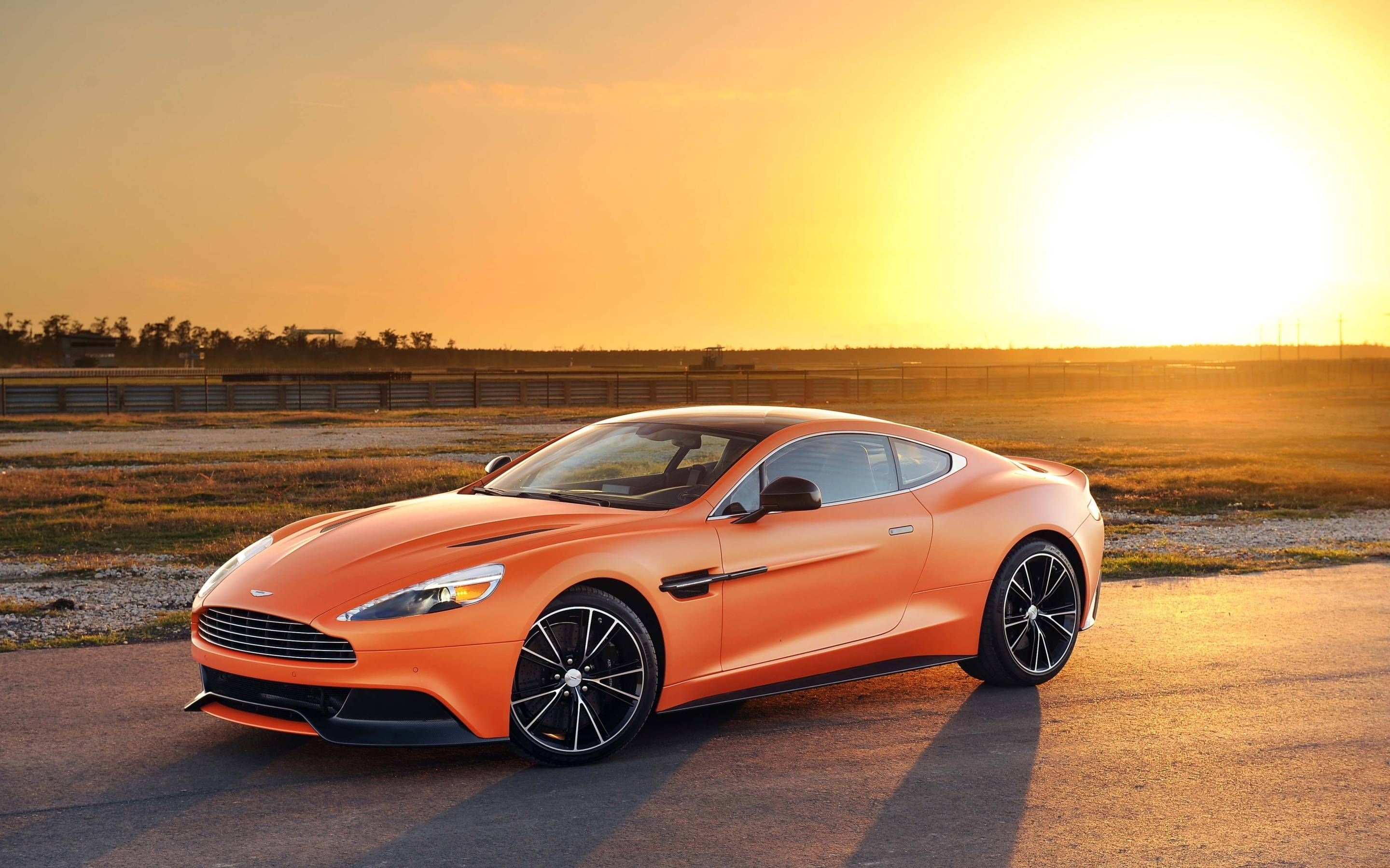 aston martin vanquish wallpaper images 0cw cars aston martin rh pinterest com