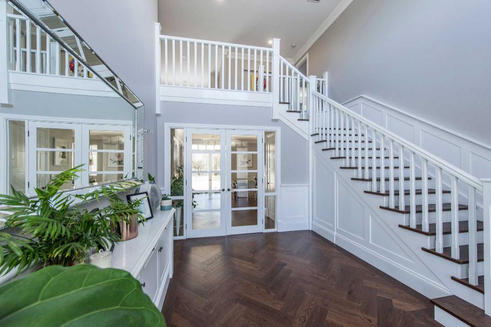 Hamptons Stairs, Balustrade …