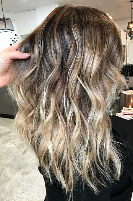 30 Bilder Von Sweeping Long Frisuren Long Hair Styles Balyage