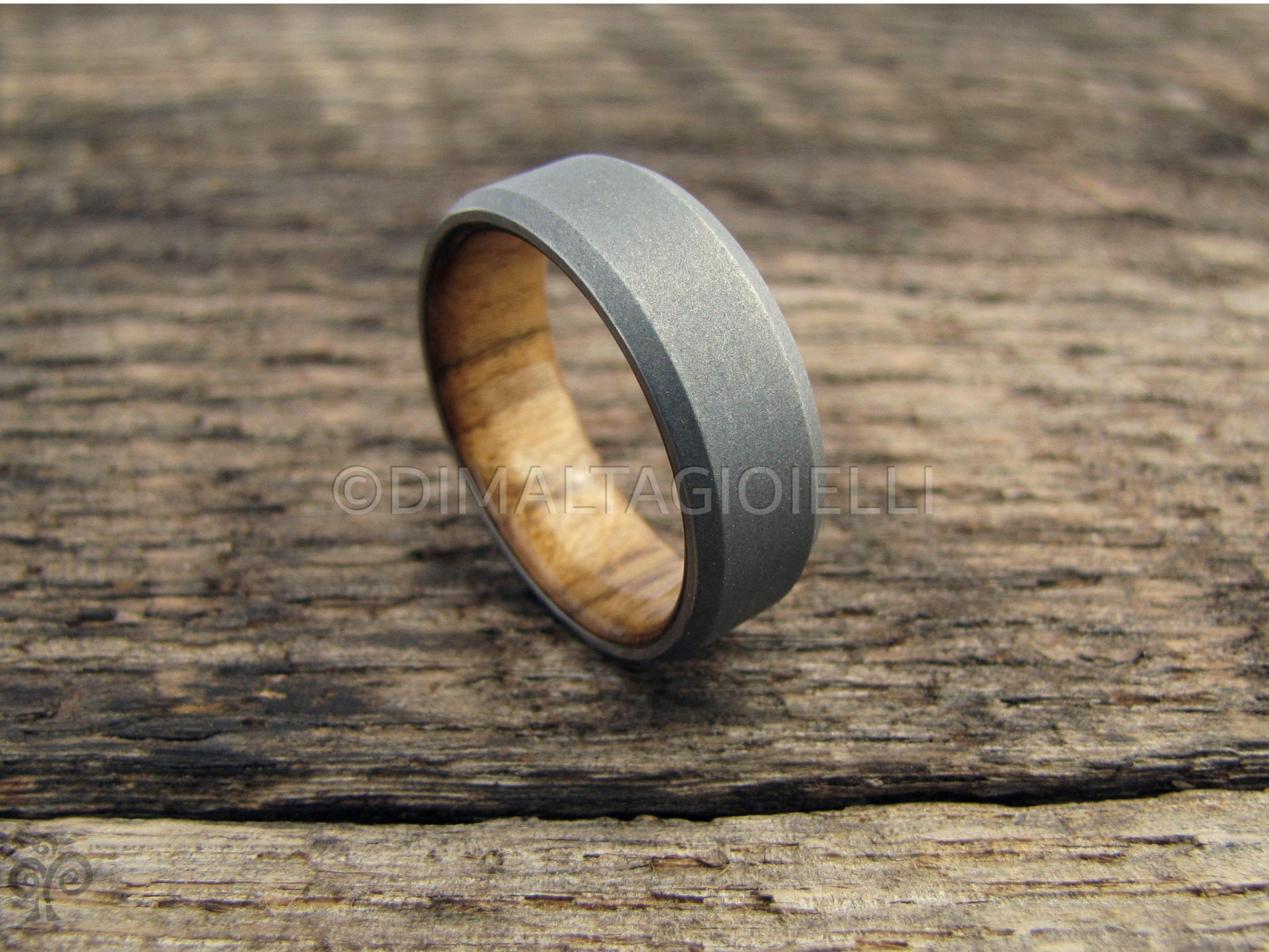 Titanium And Teak Wood Lined Men S Ring With Chamfer Etsy In 2020 Wood Wedding Ring Wooden Wedding Ring Wooden Wedding Bands