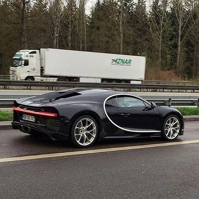 2016 Geneva Motor Show Bugatti Chiron First Look: Bugatti Cars, Bugatti Chiron, Bugatti