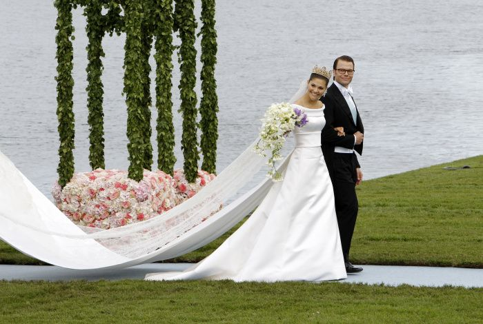 Love this wedding of the Swedish Crown princess Victoria and Daniel ...
