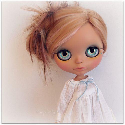 Custom Blythe No.38  Love her customs