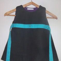 a0378208457 Petite robe noire enfant 3 ans lin noir et bleu turquoise ceinture à fleurs  noeuds au dos