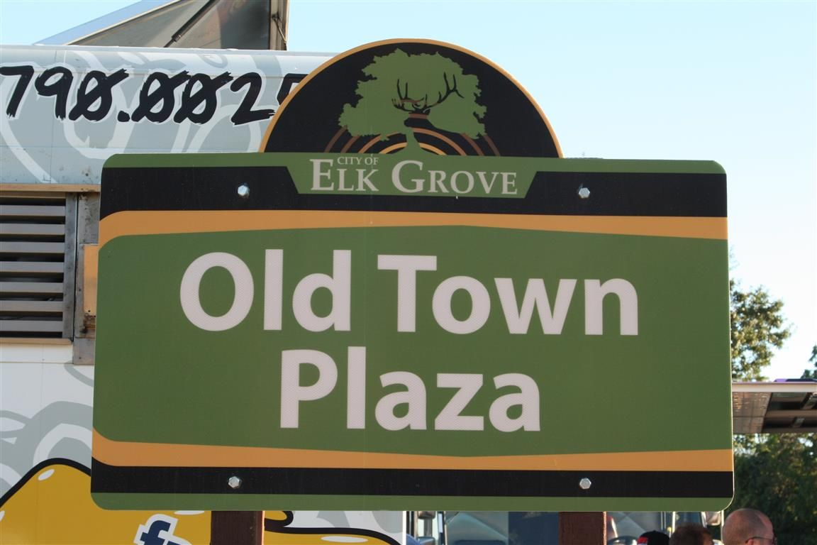 Old Town Plaza With Images Elk City Old Town Olds