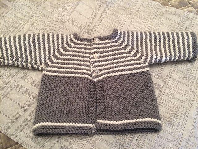 Photo of Leicht zu strickende kleine Baby Strickjacke., #kleine #leicht #strickende #stri…