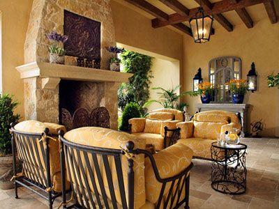 Iluminaci n de estilo mediterr neo porche con faroles de for Iluminacion para porches