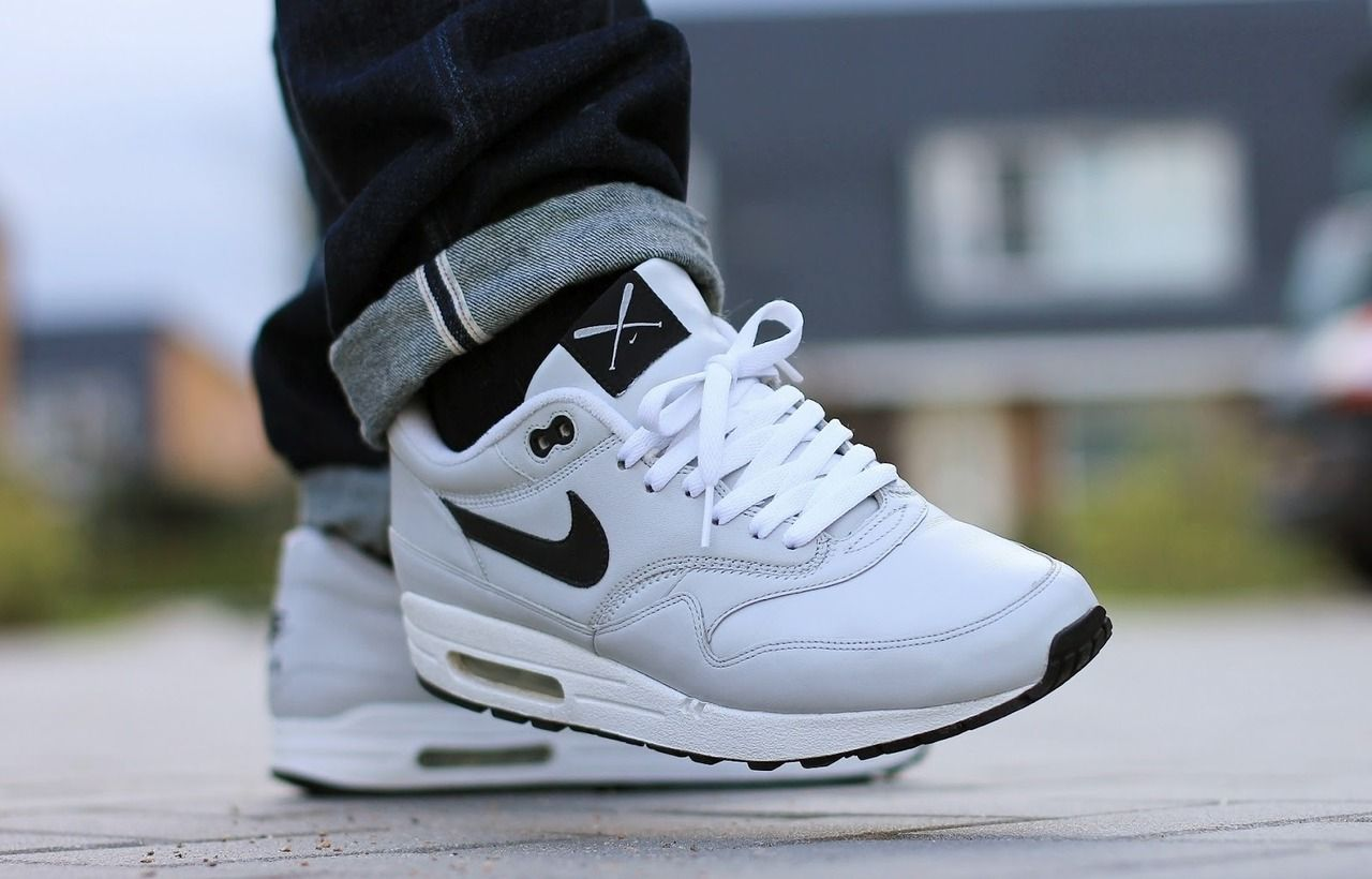 NIKE AIR MAX 1 UTT SAMPLE