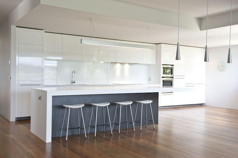 Amazing Kitchen Finished In Gloss White Grey Abet