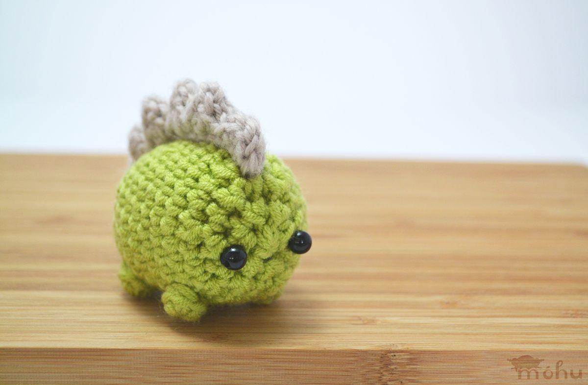 Amigurumi Octopus Mohu : Crochet green stegosaurus dinosaur amigurumi yarniness: amigurumi