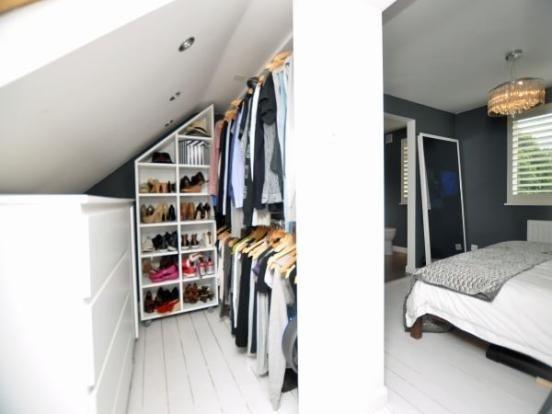 Begehbarer kleiderschrank spitzboden  Begehbarer Kleiderschrank | Home Inspo | Pinterest | Begehbarer ...