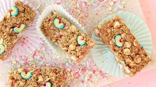 These no bake unicorn granola bars are simply magical breakfast how to make no bake unicorn granola bars using chocolate and lucky charms cereal ccuart Choice Image