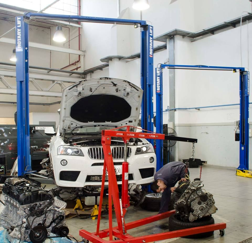 Encontrá REPUESTOS ORIGINALES para tu #BMW en AutoFerro. Podes consultar el precio y la disponibilidad a repuestos@autoferro.com