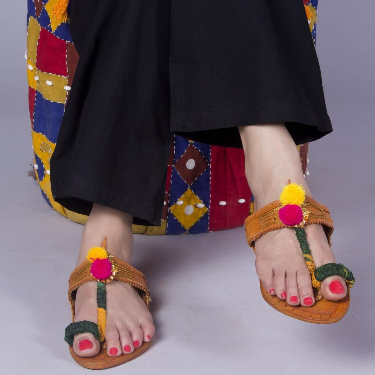 Ahan Kolhapuri Chappal | Indian shoes
