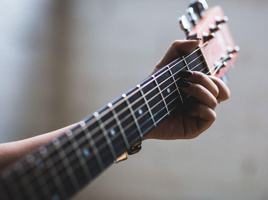 The Ultimate List Of Easy Guitar Songs For The Beginner Included