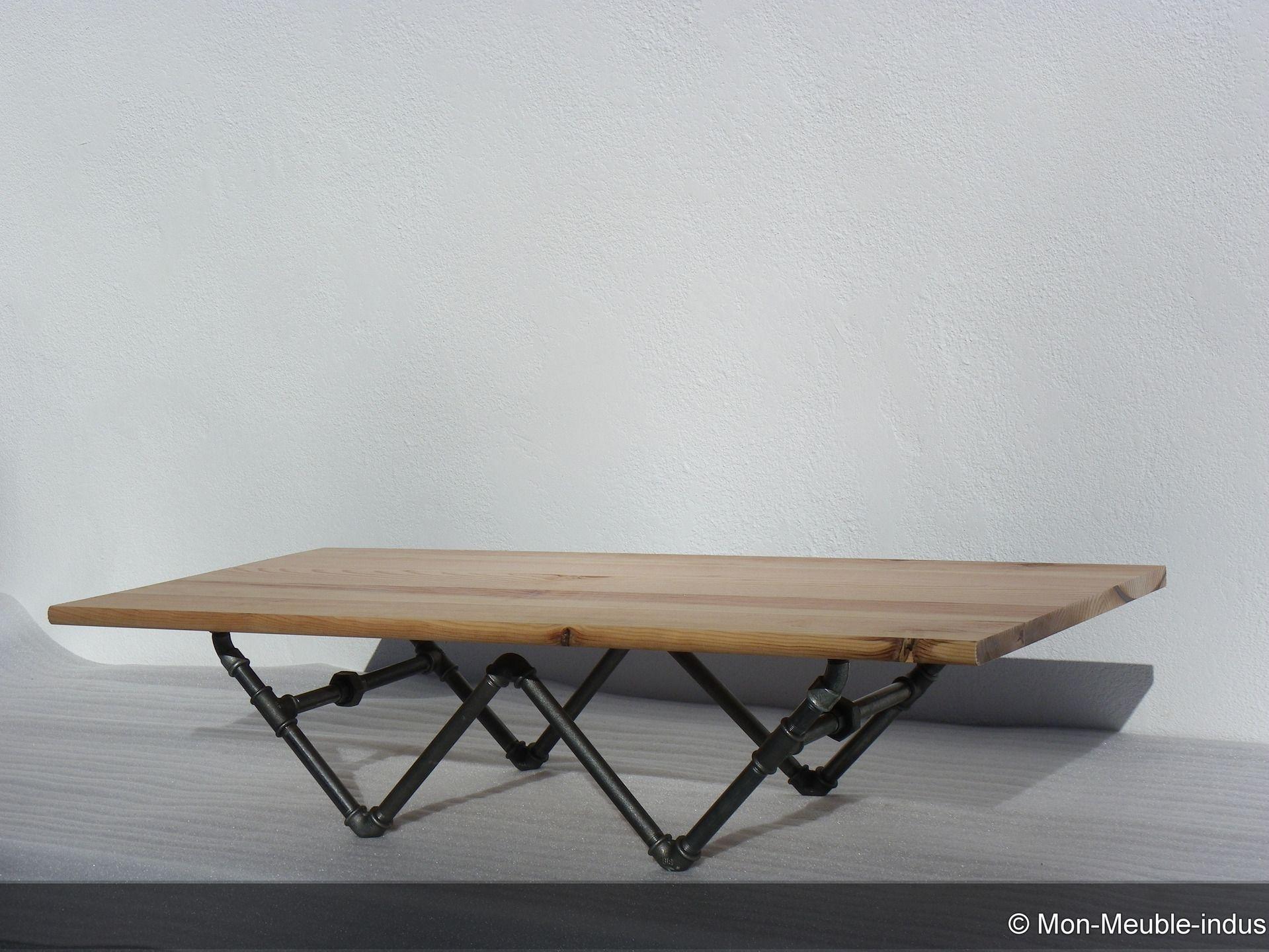 table basse en pin massif des landes et tube acier industriel table industriel table en bois. Black Bedroom Furniture Sets. Home Design Ideas