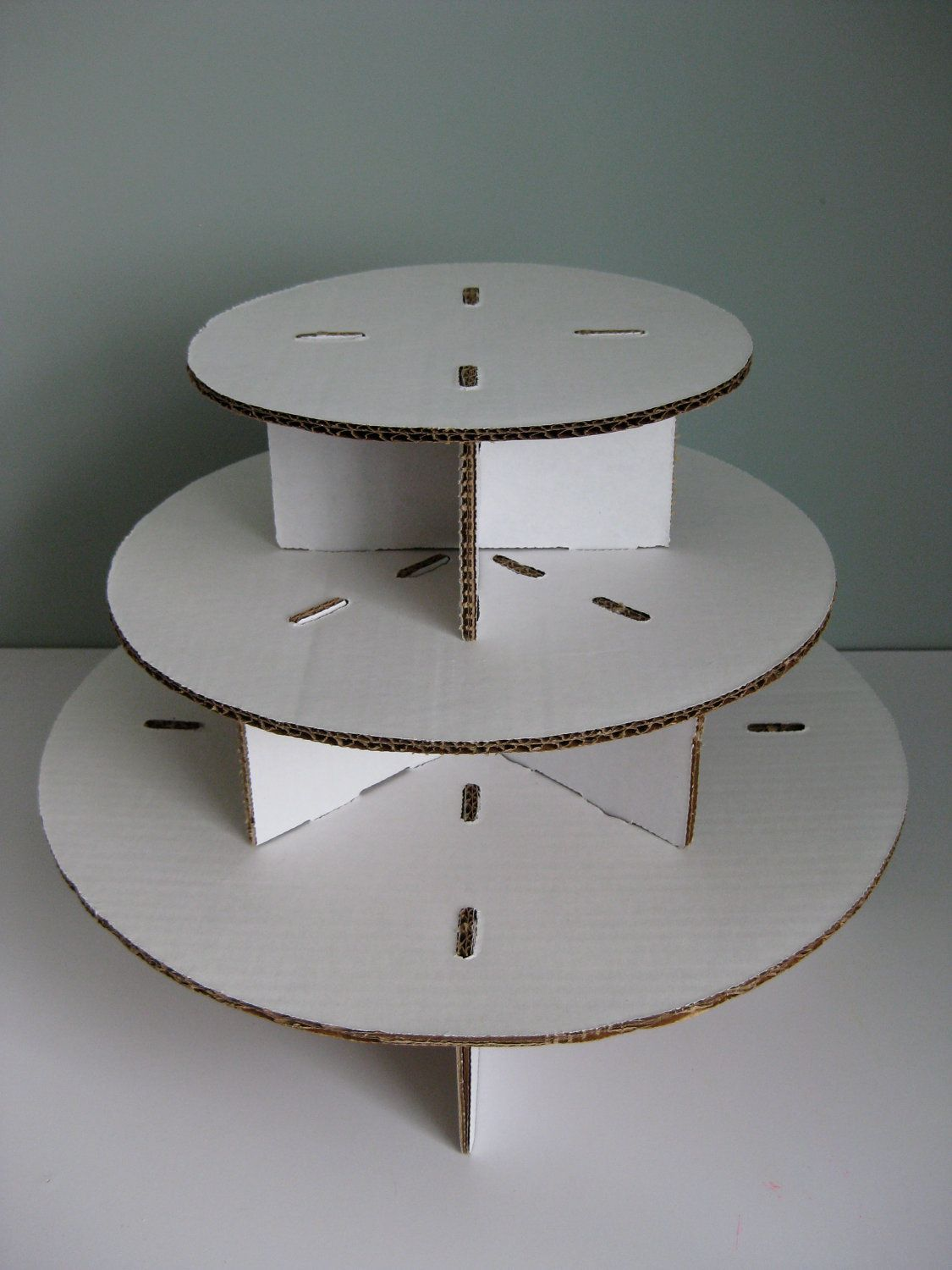 Unfinished Three Tiered Cardboard Cupcake Stand Do It Yourself 15 50 Via Etsy Diy Cupcake Stand Cardboard Cupcake Stand Diy Cupcakes