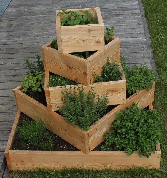 Krauterpyramide Gartenprojekte Mit Holzpaletten Garten Zimmerpflanzen Dekor