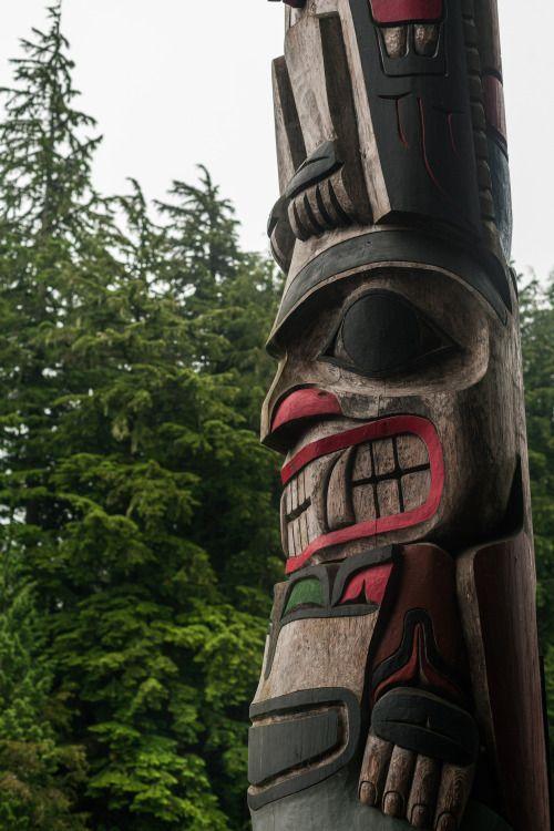 Pin by Steve Pseno on Tiki Time | Totem pole, Totem, West coast