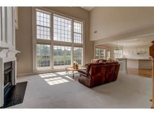 Check Out The Home I Found In Brentwood In 2020 Common Area Home Home Family