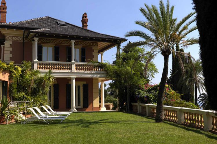 Contact Villa Della Pergola Through Great Small Hotels An Exclusive Selection Of Boutique And Luxury All Over The World