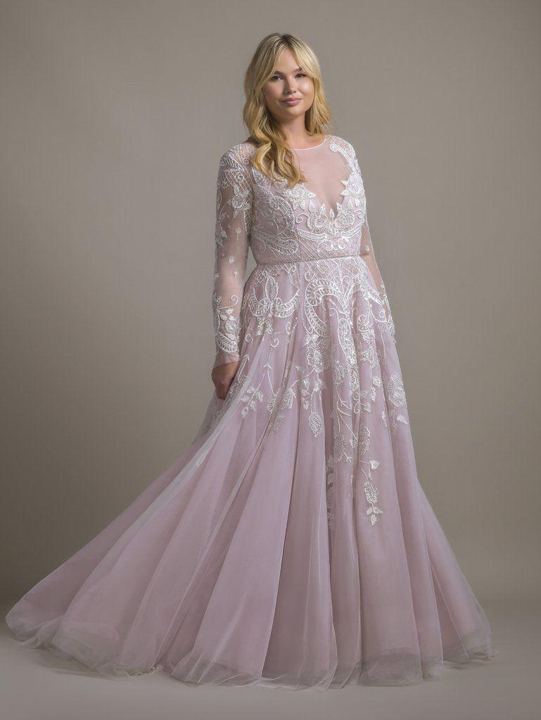 Hayley Paige Hayley Size 20 In 2021 Wedding Dresses Whimsical Wedding Dresses Plus Size Trendy Wedding Dresses [ 1024 x 769 Pixel ]